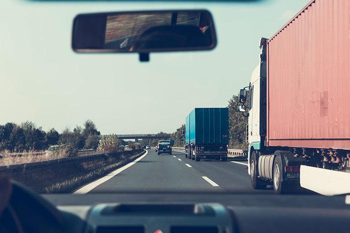 Jak zostać zawodowym kierowcą