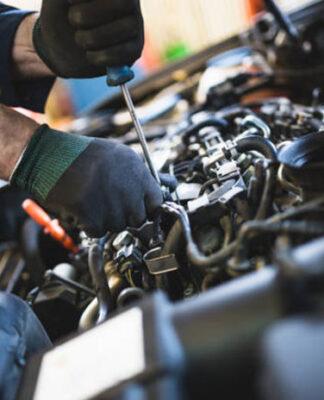 Jak znaleźć dobre używane części samochodowe